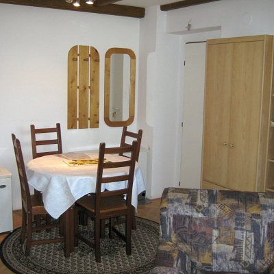 Privat-apartma-ulrych-apartma-3-1